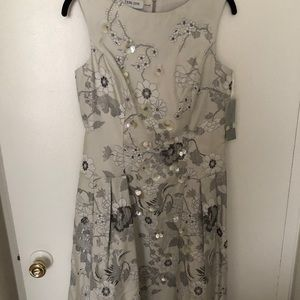 Teri Jon Dresses - Teri jon silver sequin flower midi knee dress NWT